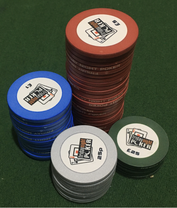 poker-table,-poker-chips-&-more-26006.png