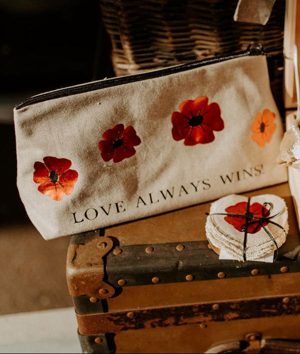 love-always-wins-68597.png
