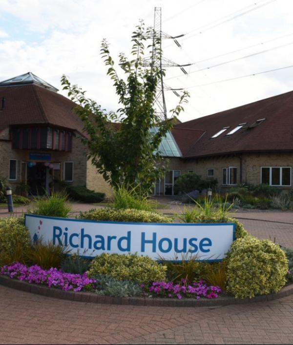 richard-house-prize-draw-85127.png