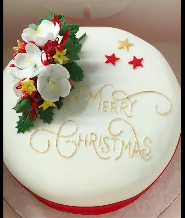 massive-christmas-hamper-91511.png