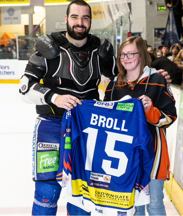 #15-broll-home-jersey-and-stick-31382.png