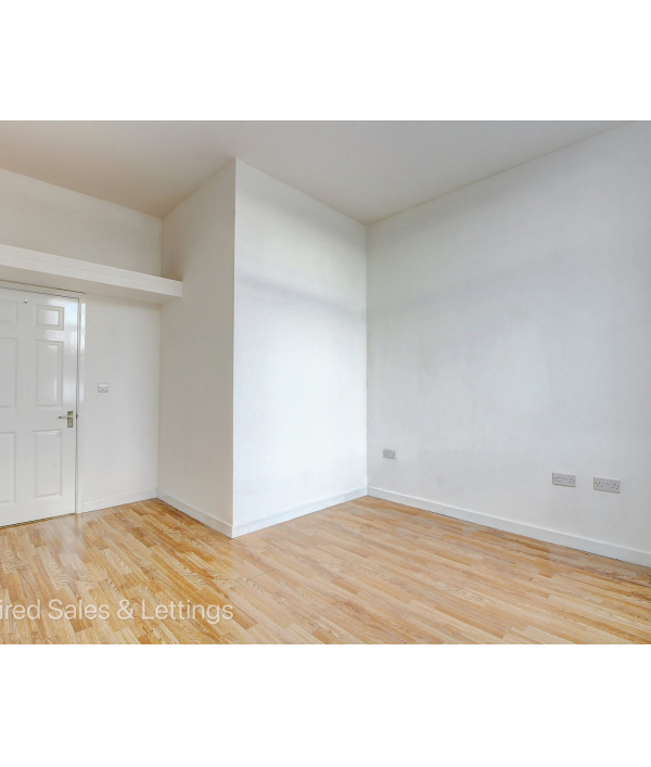 stunning-2-bed-property-110778.png