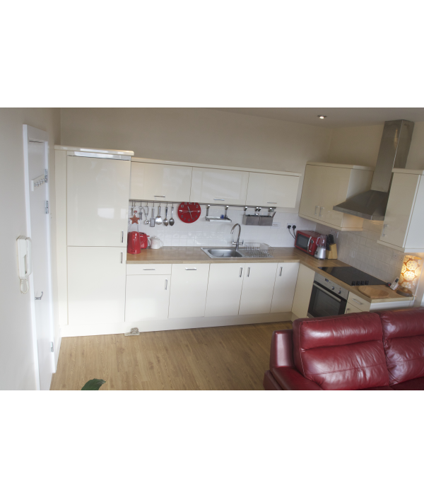 2-bed-flat-and-£10,000-168151.png