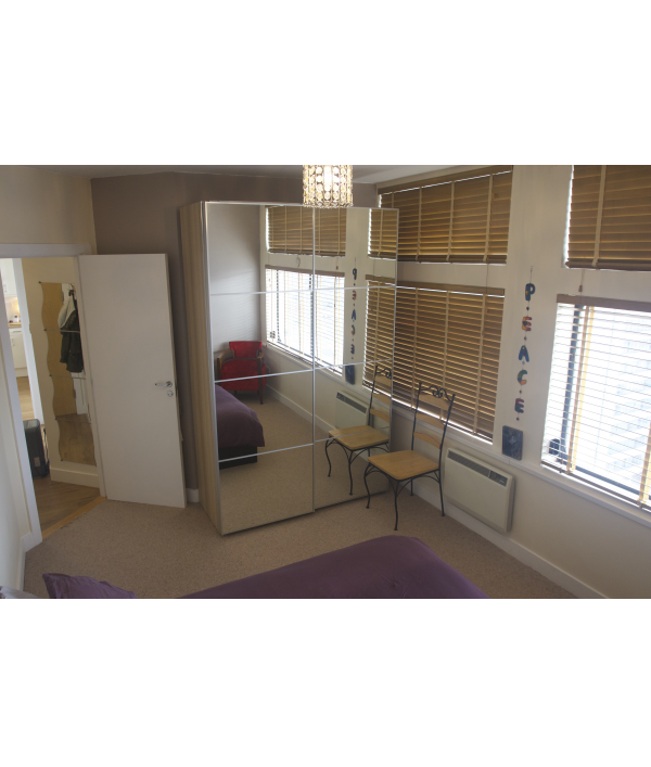 2-bed-flat-and-£10,000-168153.png