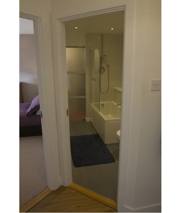 2-bed-flat-and-£10,000-168154.png