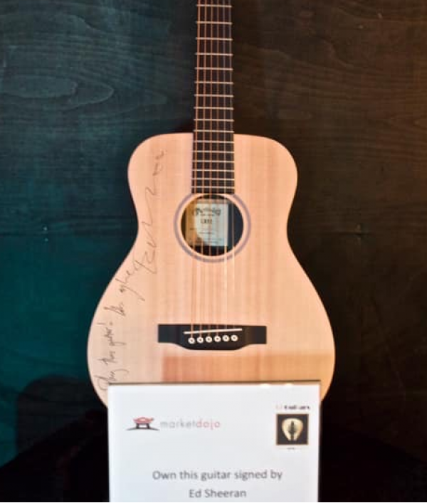 guitar-signed-by-ed-sheeran-152117.png
