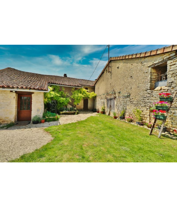 farmhouse-in-south-west-france-154159.png