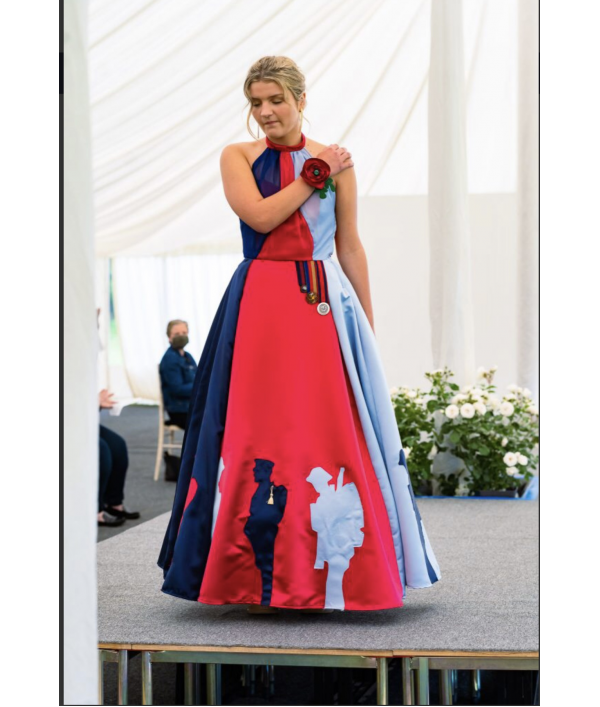 pippa's-help-for-heroes-dress-171105.png